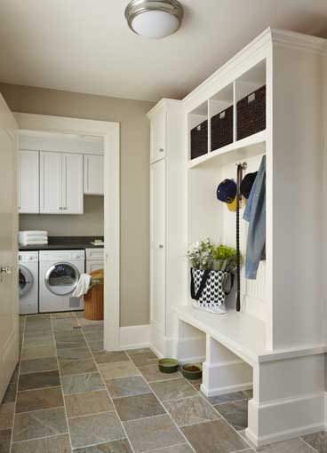 Birmingham mi kitchen mudroom and laundry room addition for Mudroom addition plans