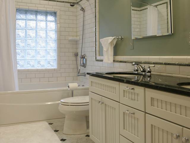 Pleasant Ridge Mi Hall Bathroom Remodel Mainstreet